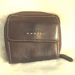 Fossil Lady's Brown Leather Wallet